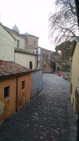 B&B La Basilica: view of the Basilica of San Vitale from my hotel room
