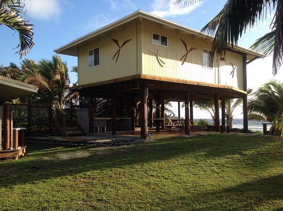 Tropical Sands: Kakaia unit #5 beachfront