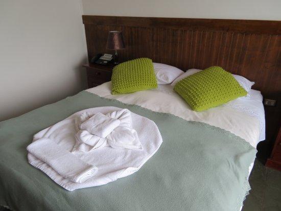 Hotel Hallef: Comfy beds.