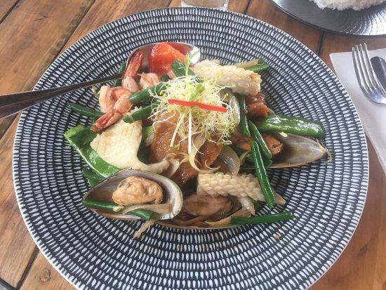 Shellharbour, Australia: Mixed seafood lemongrass sauce