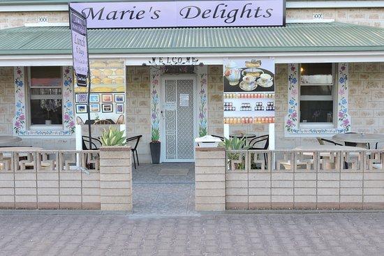 Yorketown, Australia: New Café front