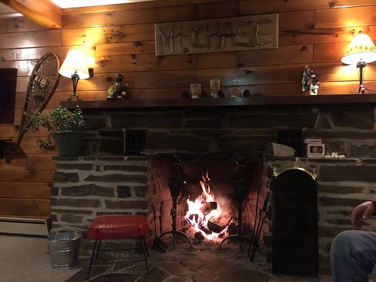 Patten, Maine: Relaxing in the lodge