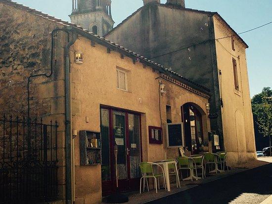 Lalinde, France: Le Renouveau
