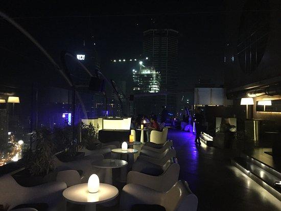 brancher des clubs à Mumbai datation ADN EP 13