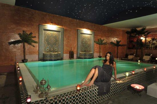 piscine photo de le hammam sarah saint denis tripadvisor. Black Bedroom Furniture Sets. Home Design Ideas