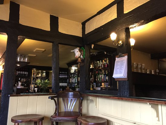 Crown and anchor: photo0.jpg