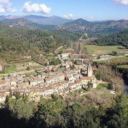 Terrades, España: Sant Llorenç de la Muga - (5min coche)