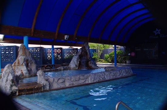 Waiwera, นิวซีแลนด์: The Movie Pool Waterfall