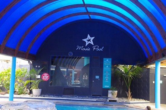 Waiwera, นิวซีแลนด์: The movie pool screen !