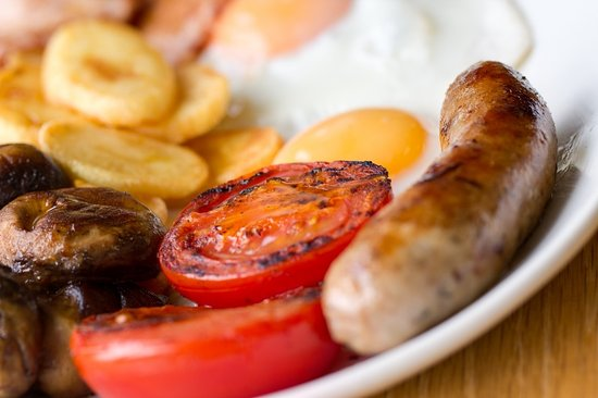 Billy's on the Beach: Walkers, cyclists and horseriders enjoy Billy's freshly-cooked breakfasts