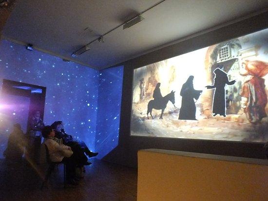 Meina, Italy: Allestimenti negli spazi del complesso museale
