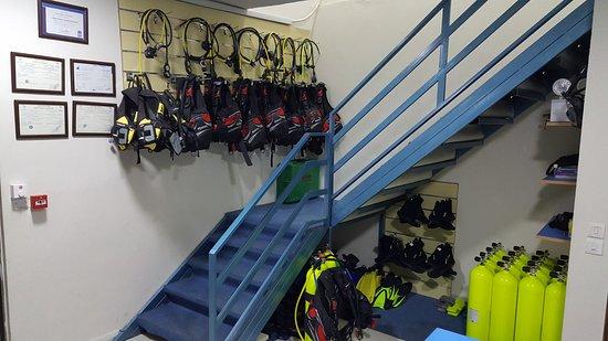 Aqaba Pro Divers: all new high quality equipment.
