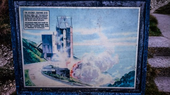 Totland Bay, UK: Rocket Testing