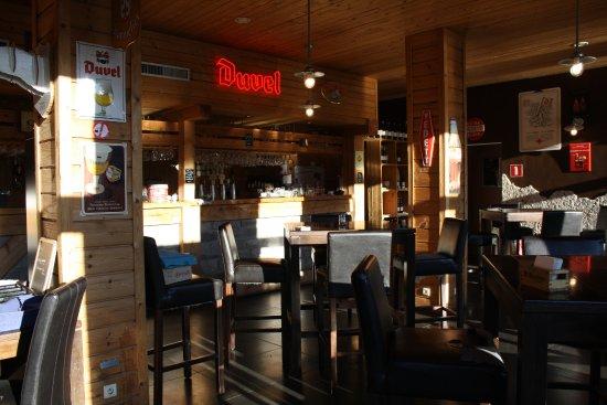 Anhee, Belgium: salle de la brasserie