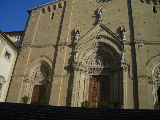 Arezzo, Italien: portale ingresso
