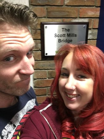 Fleet, UK: Lovely visit to the Scott mills bridge. Had a nice lemonade