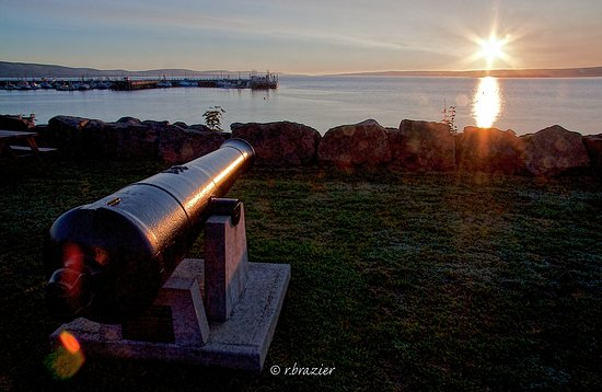 Ceremonial cannon on Digby waterfront.
