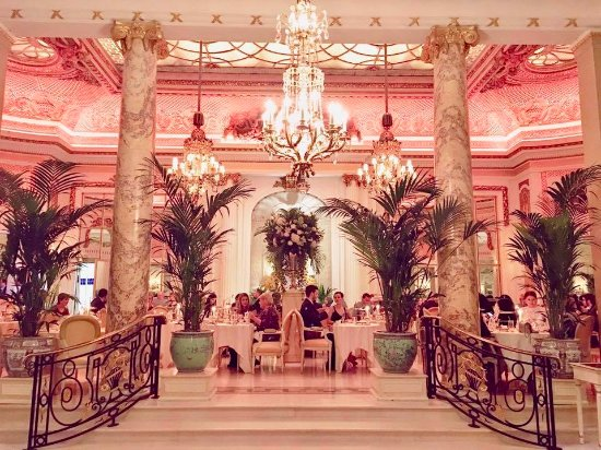 Tea at the Ritz: The tea area