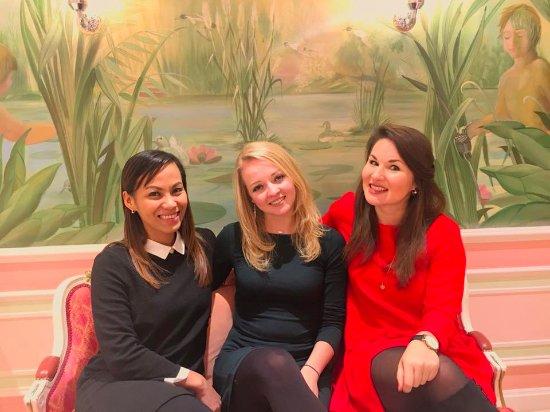 Tea at the Ritz: The gorgeous powder room