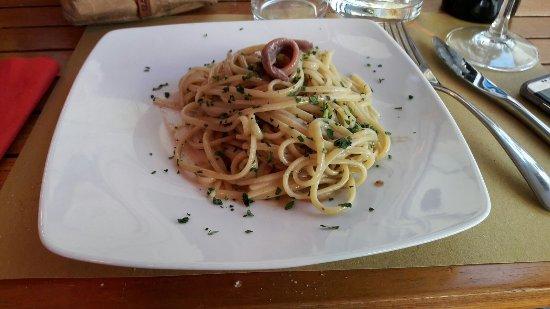 Taverna Gargantua: Linguine con le Alici Cantabriche