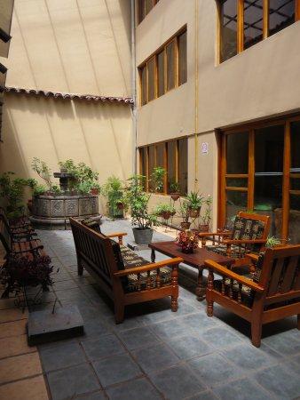 BEST WESTERN Los Andes De America: patio