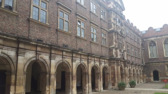 St. John's College: The 3rd inner courtyard.