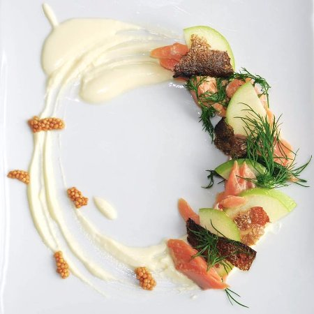 Saint Peters Bay, แคนาดา: Island trout, In house smoked, crispy skin, apple, dill, yogurt