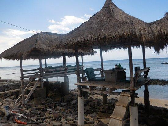 Coral Beach 1: cabane