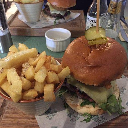 Penclawdd, UK: Yummy lunch