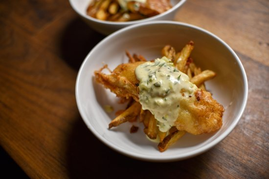 Oyster Club: Proper fish and chips!