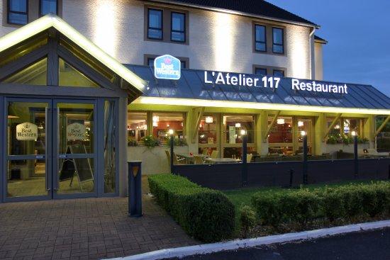 Best Western Hôtel L'Atelier 117: Les extérieurs du Best Western L'Atelier 117