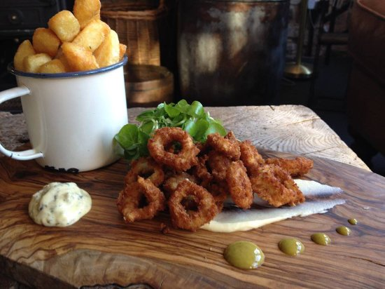 Wigmore, UK: Squid and chips