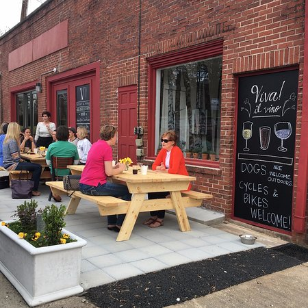Pendleton, SC: Viva! Wine Bar is the perfect place to connect and unwind with a great glass of wine or craft be
