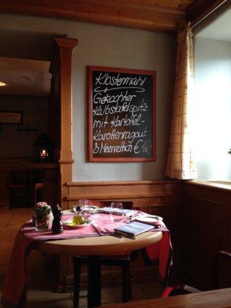 Hornbach, Germany: Täglich wechselndes Klostermahl