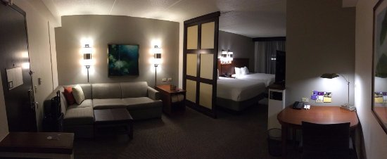 Wyoming, MI: High Floor guest room 2 Queen