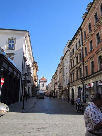 Ulica Florianska: Dalla Piazza verso il Barbacane