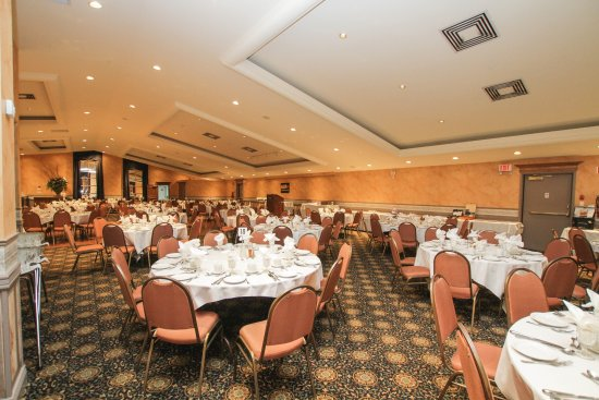 Cornwall, Canada : Cabaret Ballroom - for your banquet or reception