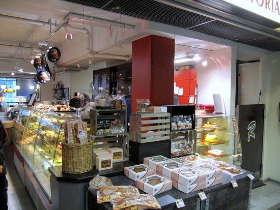 Mikkeli, Finland: Kahvilan monipuolinen valikoima