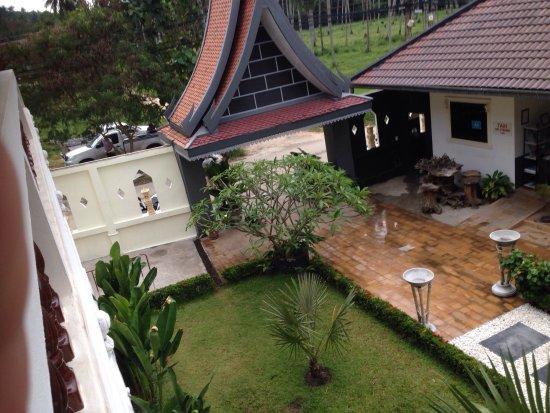 Tropical Palm Resort and Spa: photo2.jpg