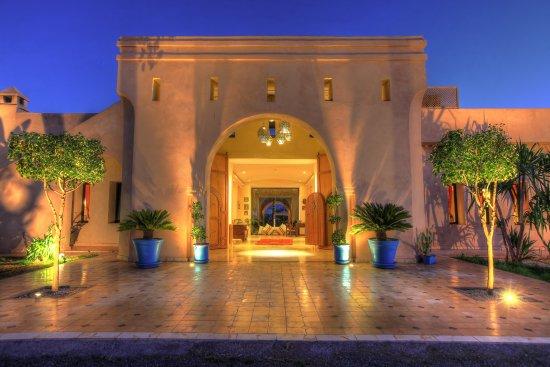 Villa marco au jardin des senteurs marrakech marokko for Villa des jardins marrakech