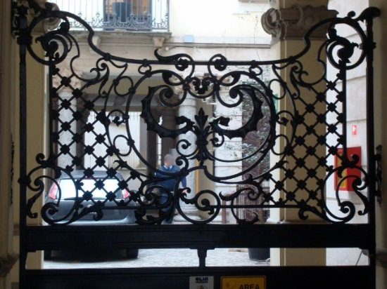 Cancello in ferro battuto - Foto di Casa Campanini, Milano - TripAdvisor