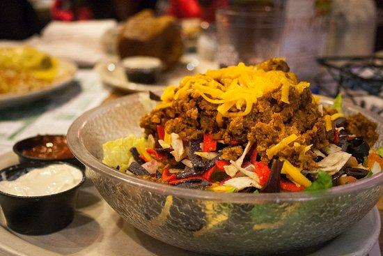 Hutchinson, MN: Southwest Salad