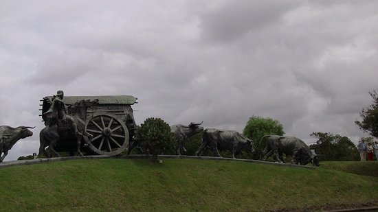 La Carreta: The Covered Wagon Sculpture