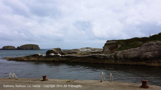 Ballintoy, UK: Lots to see...take a walk around