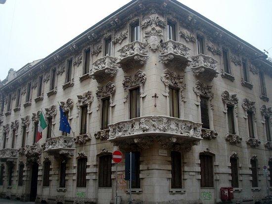 Casa Corso Monforte 32
