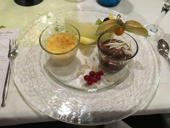 Grossenhain, ألمانيا: Dessert Creme Brulee und Choco Mousse