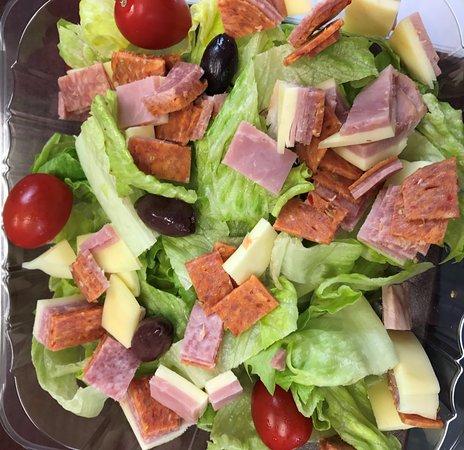 Waterloo, Nowy Jork: Sad little Salad
