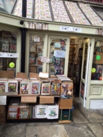St Austell, UK: Unit 9 Book Shop - Science Fiction and Fantasy Books and UK Weekly comics