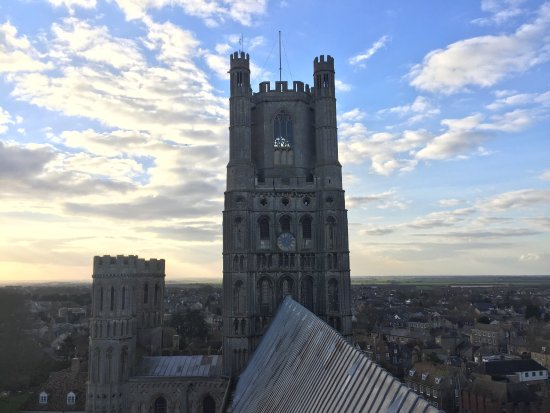 Ely, UK: Join the octagon tour, u can see the infrastructure of the octagon and also go to the roof top t