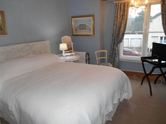 Great Bardfield, UK: King Size Double with Private or Shared Bathroom